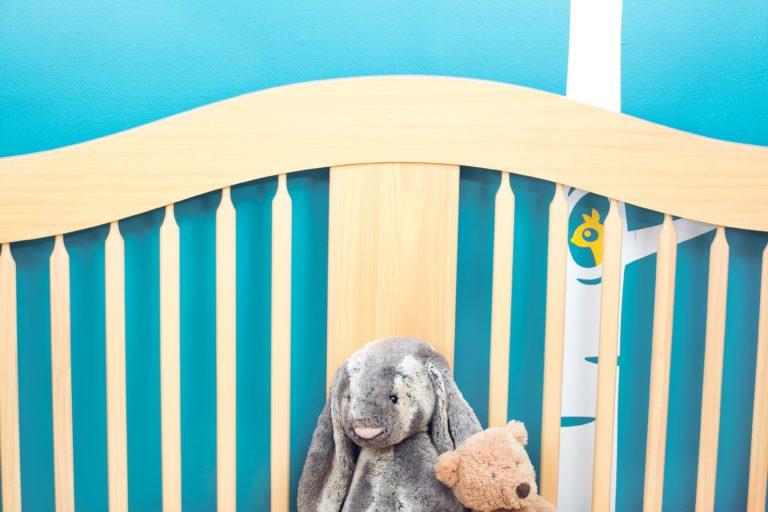 baby-nursery-crib-design_4460x4460